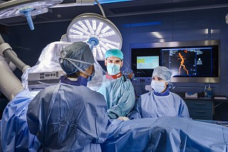 CuratOR Surgical Panel  and Caliop software in a hybrid OR in Cardiac Hospital in Luxembourg